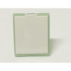 Zásuvka bílá/ledová zelená